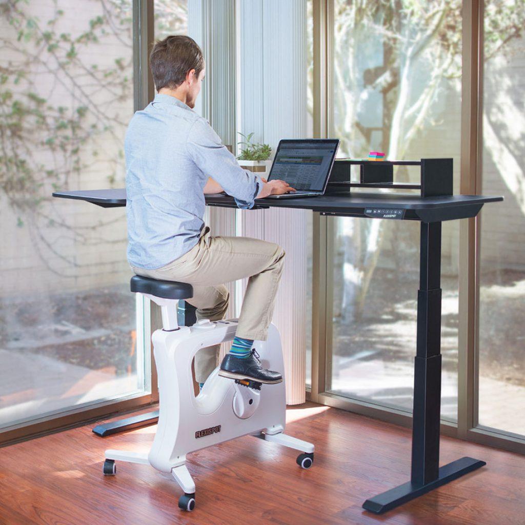 bureau assis debout comparatif